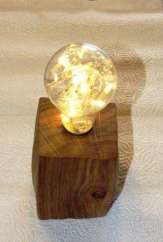 #Lampe aus #Holz und alter #Glühbirne #Upcycling