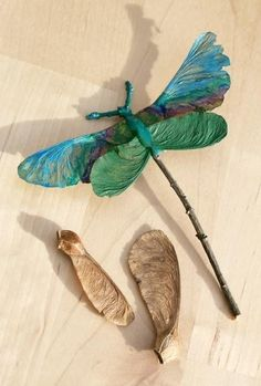 Dragonfly made from maple tree seeds.... Lobbies, Diys, Ornaments, Fall, School, Nature, Blue, Entrees, Bricolage