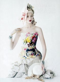 Frida Gustavsson by Tim Walker for Vogue US January 2012 #baroque #fashion #editorial #corset #flowers #white #romantic