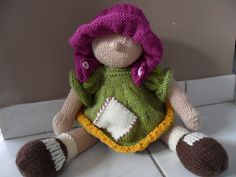 Ravelry: Raggedy Baby Buttons pattern by Deena Thomson-Menard