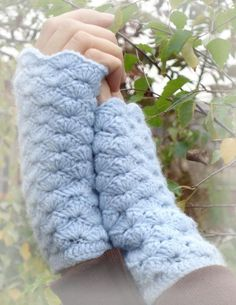 Warm and Romantic Gloves pattern on Craftsy.com