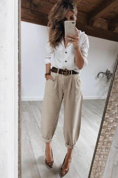 Mode Outfits, Office Outfits, Fashion Outfits, Fall Outfits For Work, Casual Fall Outfits, Stylish Outfits, Slouchy Outfit, Slouchy Pants, Effortlessly Chic Outfits