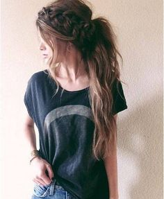 Great Messy Ponytail with Braid Crown for long brown hair, simple pretty look you can do for summer! The post Messy Ponytail with Braid Crown for long brown hair, simple pretty look you can . Hair Inspo, Hair Inspiration, Decor Inspiration, Character Inspiration, Top Hairstyles, Classic Hairstyles, Summer Hairstyles, Wedding Hairstyles, Bohemian Hairstyles