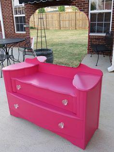 Pink Vanity table<3<3