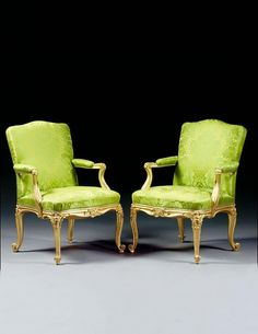 A PAIR OF GEORGE III GILTWOOD ARMCHAIRS CIRCA 1760, ATTRIBUT