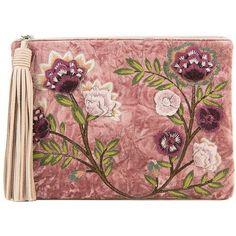 Sam Edelman Azalea Velvet Clutch (2.090 ARS) ❤ liked on Polyvore featuring bags, handbags, clutches, purses, bolsas, poseidon, tassel clutches, handbags clutches, sam edelman purses and purse clutches