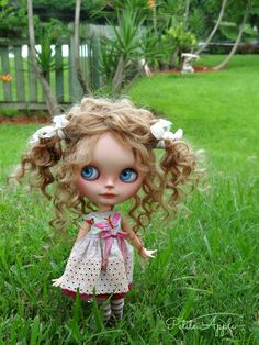 https://flic.kr/p/vWZ6HJ | Milly | Petite Apple custom nr 95  I love her so much that I will adopt her if nobody does..... :-) She is such a little sprite!