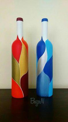 Animal print painted wine bottles - Set of 3 Painted Glass Bottles, Glass Bottle Crafts, Wine Bottle Art, Diy Bottle, Vodka Bottle, Decorated Bottles, Pottery Painting Designs, Glass Painting Designs, Recycled Wine Bottles