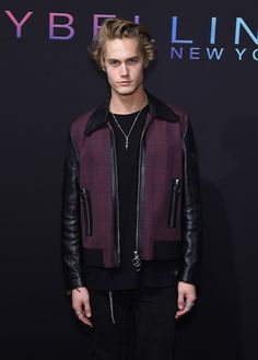 Model Neels Visser attends the Maybelline New York NYFW Kick-Off Party on September 2016 in New York City. Get premium, high resolution news photos at Getty Images Maybelline, Neels Visser, Manu Rios, Preppy Boys, Harry Potter, Male Face, Face Claims, Image Now, September 8