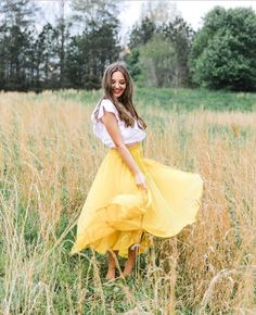 girl in yellow dress for senior photos