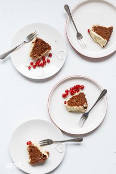chocolate cake with cream cheese frosting plates