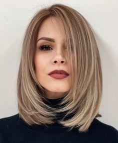 Mid Haircuts, Blonde Haircuts, Latest Haircuts, Haircuts With Bangs, Latest Hairstyles, Thick Bob Haircut, Angled Hair, Tousled Hair, Brown Blonde Hair