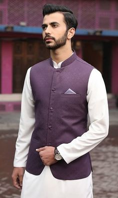Want to wear waistcoat on kurta. Then, explore this new and trendy collection of different types of kurtas with waistcoat to upgrade your wardrobe. Waistcoat Men Wedding, Wedding Kurta For Men, Wedding Dresses Men Indian, Indian Wedding Wear, Wedding Dress Men, Mens Indian Wear, Mens Ethnic Wear, Indian Groom Wear, Indian Men Fashion