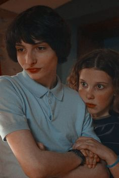 Image shared by gιυℓια Find images and videos about stranger things, mike and millie bobby brown on We Heart It - the app to get lost in what you love. Stranger Things Actors, Stranger Things Season 3, Stranger Things Aesthetic, Eleven Stranger Things, Stranger Things Netflix, Jonathan Stranger Things, Stranger Things Tattoo, Millie Bobby Brown, Film Anime