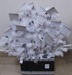 מזכרות לאירועים בכל הגדלים מחירים ומבחר הכי גדול שרק תרצו, אצל רבקי ויסברוד בחנות 'שיר מתנות' בבני ברק: http://www.sheergifts.co.il/