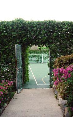 secret tennis court in my dream backyard. Outdoor Spaces, Outdoor Living, Hardy Perennials, Interior Exterior, My Dream Home, Garden Design, Home And Garden, Plants, Beautiful