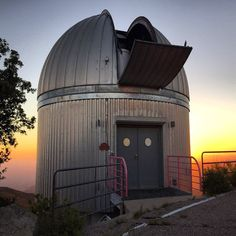A stargazing experience at Kitt Peak Observatory is an experience to remember in Tucson, AZ. (Photo via Instagram by @luckypocky)