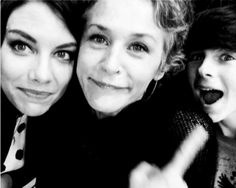 Lauren Cohan, Melissa McBride and Chandler Riggs at San Diego Comic Con '14
