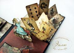 """Добрый вечер, дорогие наши читатели! Сегодня мы хотим показать вам альбом """"Следуй за белым кроликом"""". В ТМ """"Мемуарис"""" появилось одноимен... Alice Book, Mini Scrapbook Albums, Pop Up Cards, Graphic 45, Alice In Wonderland, Projects To Try, Paper Crafts, Gift Wrapping, Illustration"""