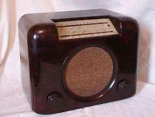 Vintage Bush DAC90 Valve / Tube Radio (bakelite case, art deco, wood effect )