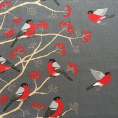 * Material: 100% Cotton * Brand: Svanefors * Bird: approx. 12 cm x 9 cm * Pattern Repeat: 64cm * Fabric weight: 180g/m2 * Width: 150 cm /59 * Machine wash at 40 °C Suitable for home decors, cushions, tablecloths, bags, curtains, blinds etc. -Postage- We combine postage on multiple items