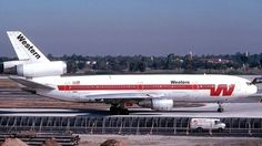 Photo of N821L - McDonnell Douglas DC-10-30 - Western Airlines