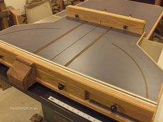 Table Saw Sled Plans Free Awesome Crosscut Sled by Sras Lumberjocks Woodworking Woodworking Table Saw, Woodworking Saws, Woodworking Workshop, Woodworking Projects, Carpentry, Woodworking Store, Popular Woodworking, Table Saw Crosscut Sled, Table Saw Sled
