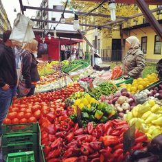 amazing Saturday market in the district of Vienna! Interactive Map, Felder, Central Europe, Slovenia, Alps, Tourism, Things To Do, Around The Worlds, Turismo
