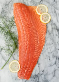 How To Cook Salmon in the Slow Cooker — Cooking Lessons from The Kitchn Salmon Skin, Lemon Salmon, Vegetable Stew, Vegetable Drinks, Slow Cooking, Batch Cooking, Salmon Casserole, Ravioli Bake, Steak