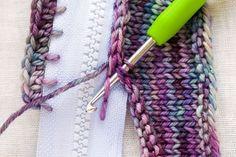 """Bild für Beitrag """"Reißverschluss-Rodeo"""" 2 - Brigitte Döring - Pin Local My Site Knitting Stitches, Hand Knitting, Knitting Patterns, Crochet Patterns, Blanket Patterns, Crochet Crafts, Knit Crochet, Crochet Wallet, Crochet Baby"""