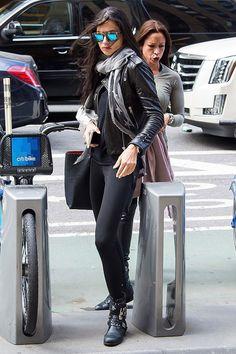 Adriana Lima look all black
