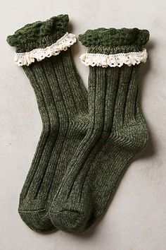 Boot socks: cute marble and lace crew socks rstyle. Casual Fashion Trends, Trendy Fashion, Cozy Socks, Estilo Fashion, Sock Shoes, Shoe Collection, Winter Fashion, Cute Outfits, Unisex