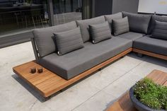 Outdoor Sofa, Outdoor Living Furniture, Diy Garden Furniture, Backyard Furniture, Outdoor Decor, Outdoor Seating Areas, Outdoor Spaces, Sofa Design, Furniture Design