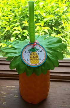 Tropical Pineapple favor tag for Hula or Summertime Party by 4evernalways. Explore more products on http://4evernalways.etsy.com