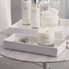 Ceramic Rectangular Container – White The White Company wwwdeal-shopcom… The post Ceramic Rectangular Container – White The White … appeared first on Best Pins for Yours - Bathroom Decoration The White Company, Bathroom Accessories Sets, Home Accessories, White Tray, Bathroom Organisation, Organisation Hacks, Home Spa, Bathroom Styling, Beautiful Bathrooms