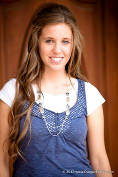 The Duggar Family #Jill I love how they put short sleeved shirts under tank tops. It looks classy and something to keep in mind