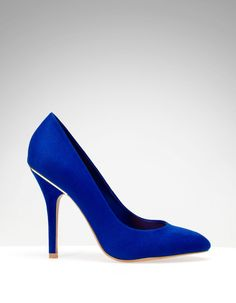 High heel court shoes with back detail