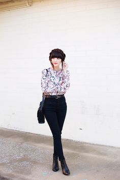 New Darlings Spring-like Florals, Black Skinny Jeans and Boots