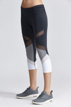 Trendy sport oufits for women athletic wear ideas Legging Outfits, Leggings Fashion, Athletic Outfits, Athletic Wear, Sport Outfits, Running Outfits, Nike Running, Workout Attire, Workout Wear