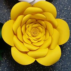 Anastassia Giant Paper Flower - YouTube