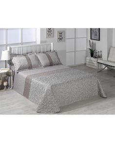 Bouti Nabila con estampado jacquard en tonos beige. Ligera, confortable e ideal para el entretiempo. Compra online con los mejores precios.