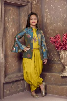 mustard embroidered Satin stitched kids salwar suits - BETTY - 2980804 Source by smitharaob Blouses Kids Party Wear Dresses, Kids Dress Wear, Dresses Kids Girl, Baby Girl Party Dresses, Work Dresses, Dresses Dresses, Baby Dress, Dress Outfits, Casual Dresses