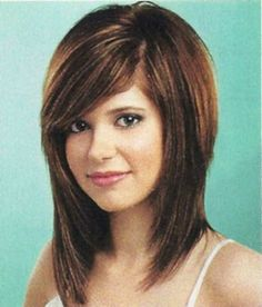 Haircuts for Medium Length Hair: Simple but Stylish Haircut - http://ustyledesign.com/hairstyles/haircuts-for-medium-length-hair-simple-but-stylish-haircut/
