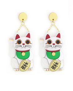 Maneki neko lucky cat earrings. Limited edition plastic jewellery made in Spain by La Vidriola