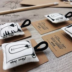 Cute Sewing Projects, Craft Projects For Kids, Sewing Crafts, Fabric Yarn, Fabric Dolls, Black And White Bags, M Craft, Fabric Handbags, Art And Craft Design