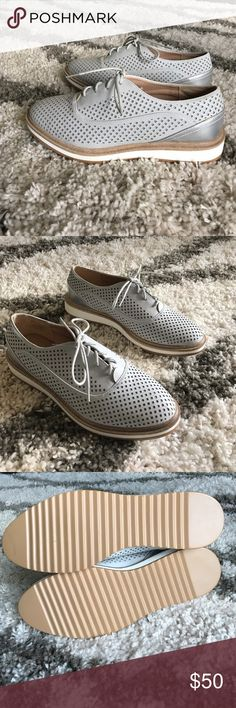 NWT Gray Oxford Sport Lace Up Shoes Size 8 So cute! Boutique Shoes Sneakers