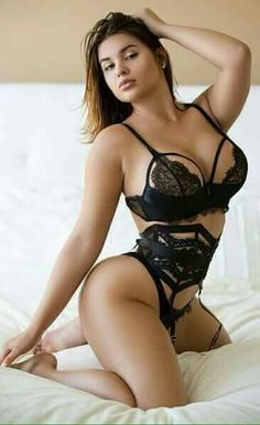 Sexy thick girls in lingerie