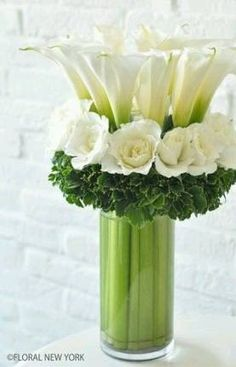 Ikebana of Floral Arrangement Arte Floral, Deco Floral, Ikebana, Fresh Flowers, White Flowers, Beautiful Flowers, Red Roses, White Roses, White Hydrangeas