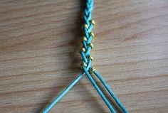 Mon petit bracelet d'été... facile et tressé !
