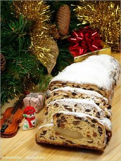 You can argue whether the Christmas stollen recipe with curd cheese called Quarkstollen, or a yeast stollen, based on the original Dresdner Christstollen, is the better German Christmas cake. Christmas Stollen Recipe, German Christmas Food, Christmas Bread, Christmas Cooking, Christmas Desserts, German Stollen, German Bread, German Baking, German Cake